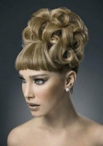 Stile elegante flokësh.04